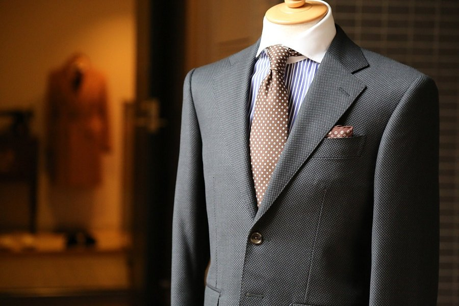 The Complete Guide To Business Dress Codes for Men 16
