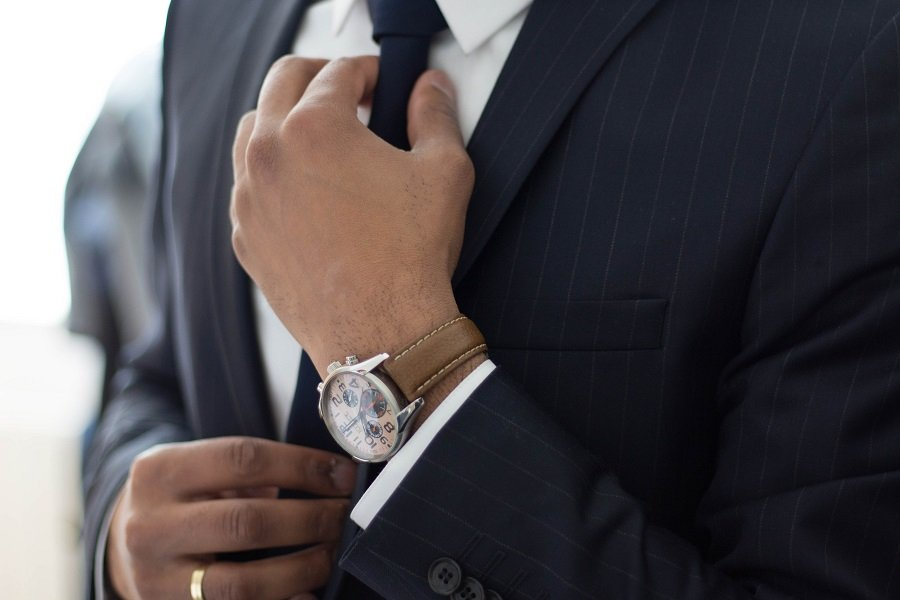 The Complete Guide To Business Dress Codes for Men 6