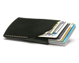 20 Best Minimalist Wallets For Men in 2020 – Buyer's Guide & Reviews 7